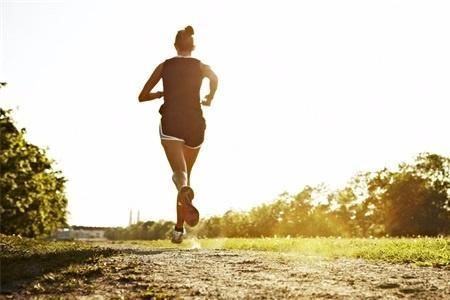 Chạy bộ giảm béo hóa ra phải biết thời gian và quãng đường chính xác nếu không sẽ phản tác dụng